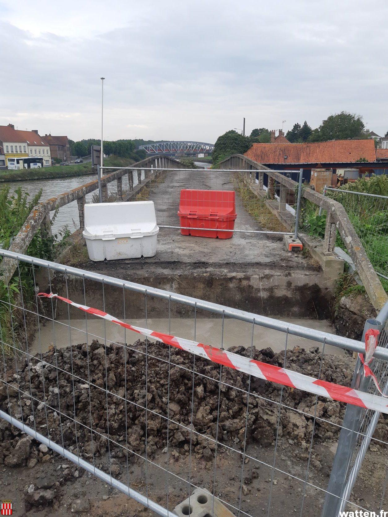 Travaux de réparation du pont chemin de l'Aa