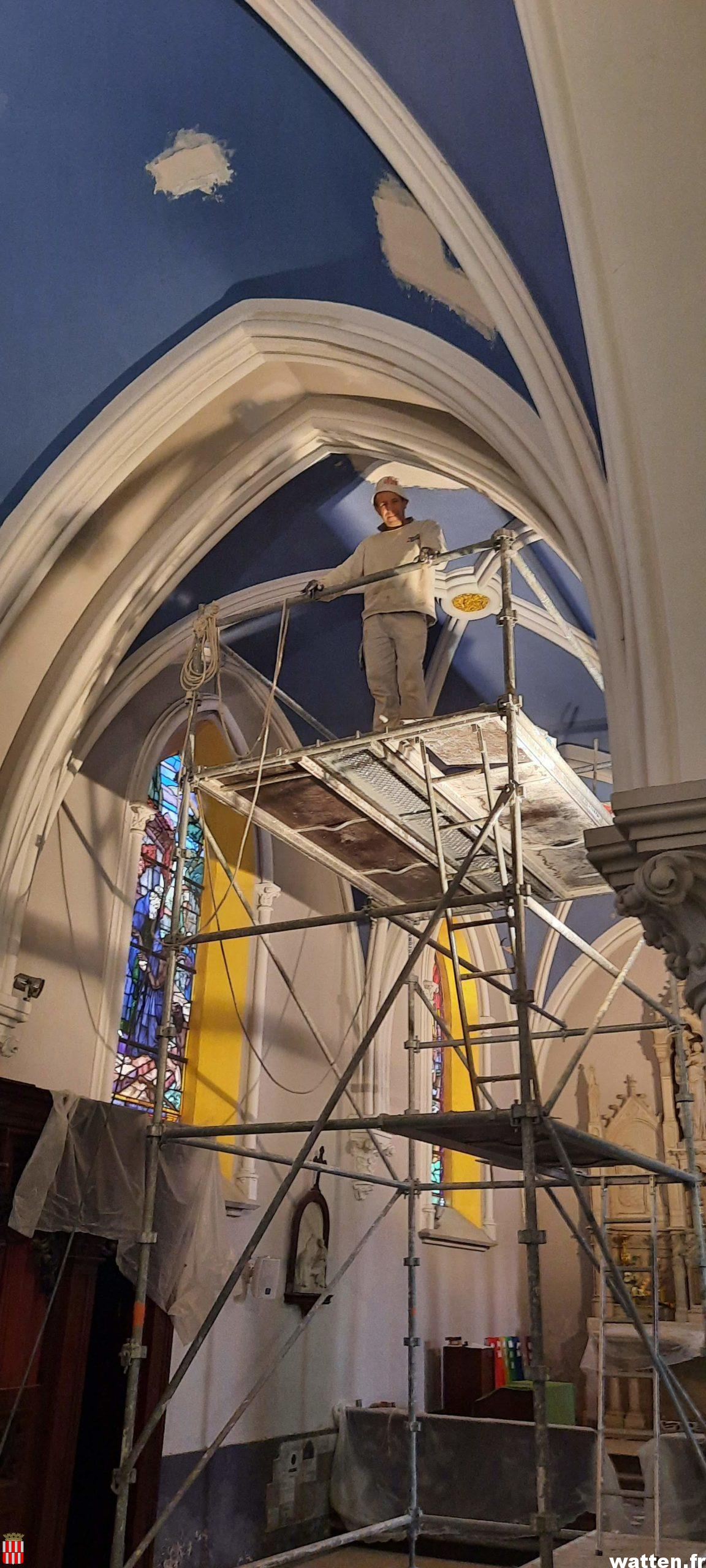 Travaux de rénovation des voûtes dans le chœur et les nefs de l'église Saint-Gilles